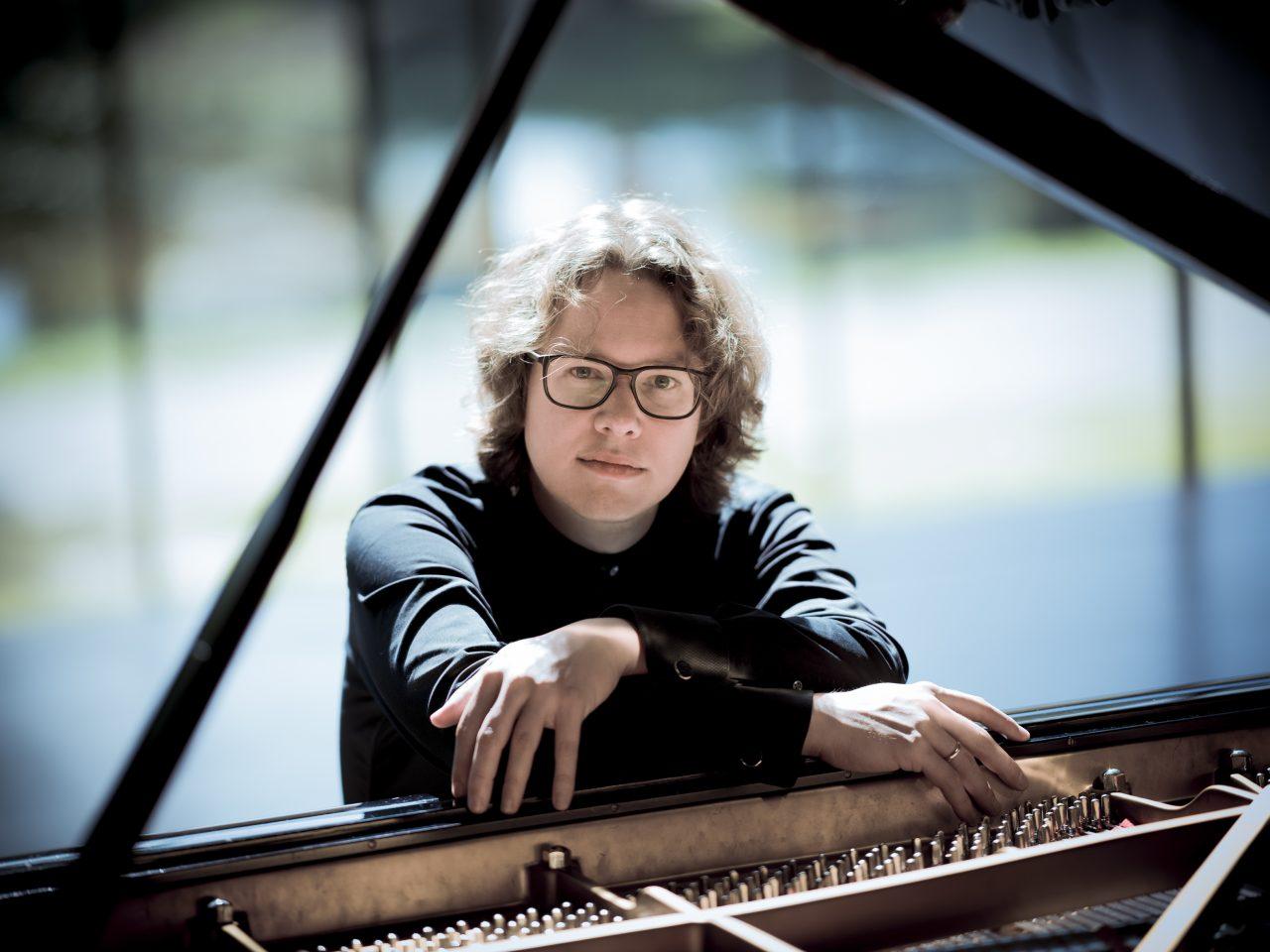 Hannes Minnaar (Klavier)