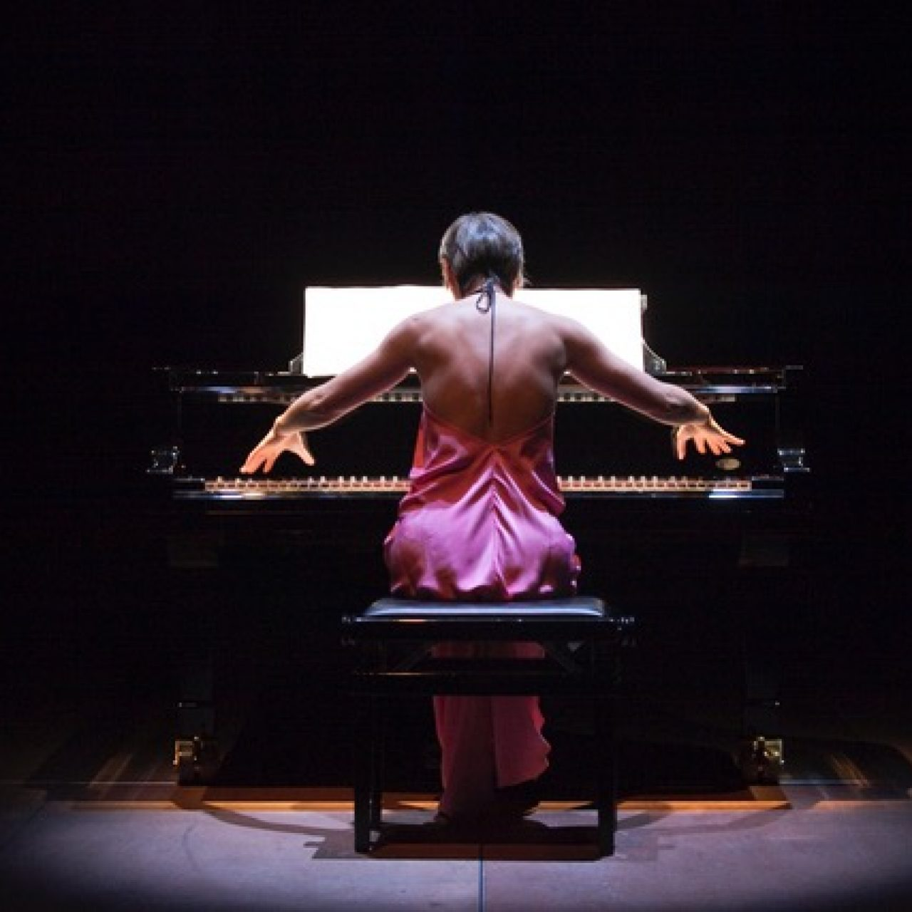 TOMOKO MUKAIYAMA (PIANO)